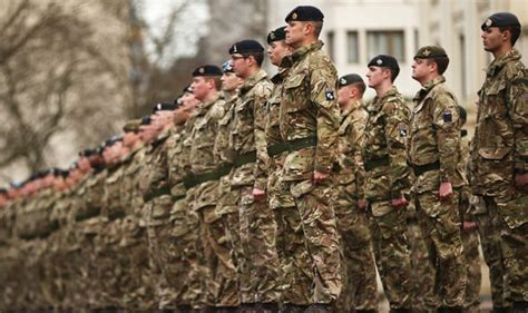 soldier threat british soldiers told not to wear uniform