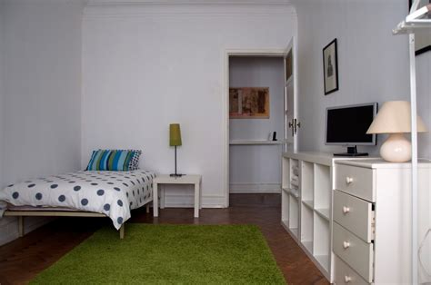 2 single rooms for students in lapa room for rent lisbon
