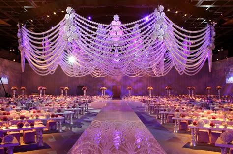 Wedding Planner Kuwait by Beautiful Emarati Kuwaiti Saudi Wedding Stages