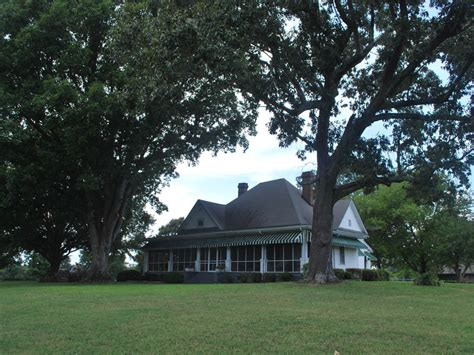 beautiful updated country farmhouse homeaway freeport beautiful farm house in country minutes homeaway