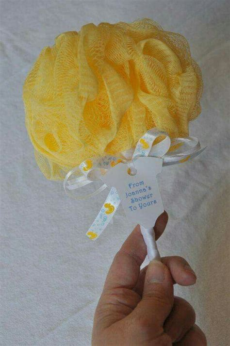 Lufa Shower by 25 Best Ideas About Baby Shower Guest Gifts On
