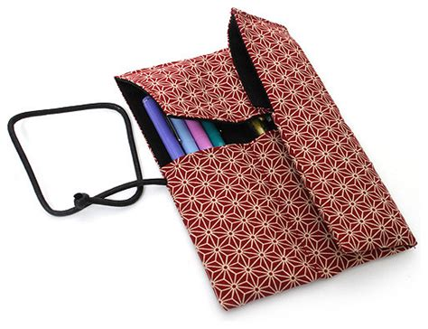 Saki P 661 Roll Pen Case With Traditional Japanese Fabric Japanese Desk Accessories