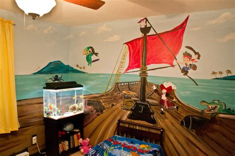 jake and the neverland room mural