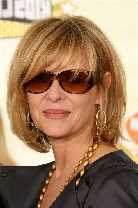 hairstyles for growing out bangs 60 year old best 25 kate capshaw ideas on pinterest over 60