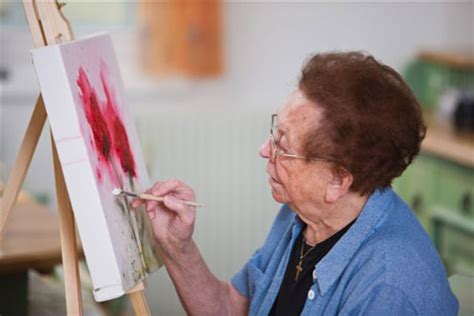 painting for elders top 10 stimulating activities for alzheimer patients