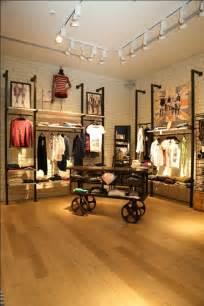Retail Store Racks Pepe New Concept Store Apparel Retail Store