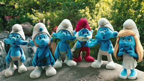 buzz pictures smurf family