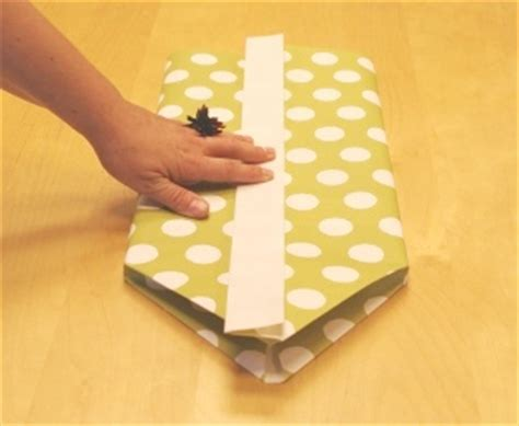 gift wrapping a book 301 moved permanently