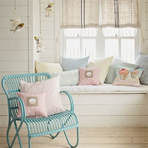 Pastel Decorating Ideas by Pretty Pastel Hallway Country Decorating Ideas