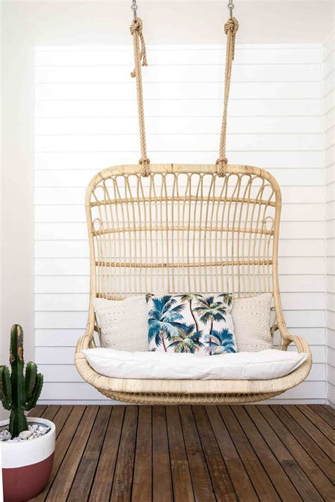 Porch Swing Chairs by 25 Best Ideas About Hanging Chairs On Large