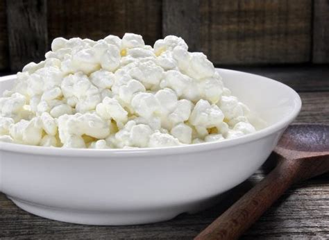 cottage cheese before bed 30 things to before bed to lose weight eat this not that