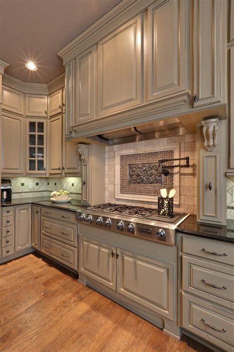 Beige Kitchen Cabinets by 25 Best Ideas About Beige Kitchen Cabinets On