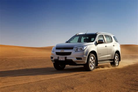 comparison chevrolet traverse suv   chevrolet