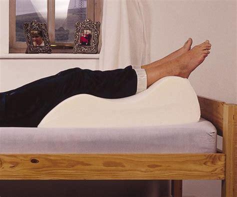 Leg Support Pillows by Leg Raiser Cushion Pillows Cushions And Support