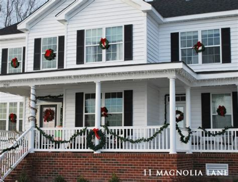 60 beautifully festive ways to decorate your porch for 60 beautifully festive ways to decorate your porch for