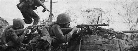 World War Ii A Historical Reader Reading Through History The Battles Of World War Ii