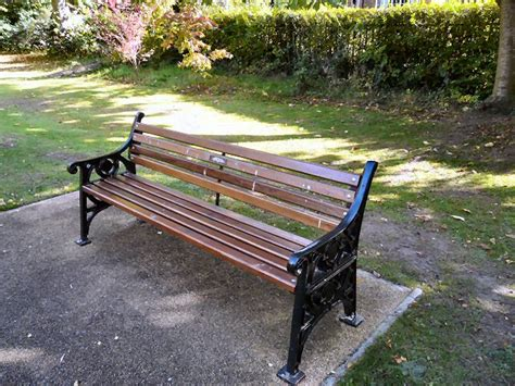 file brooklyn park bench geograph org uk 1539758 jpg