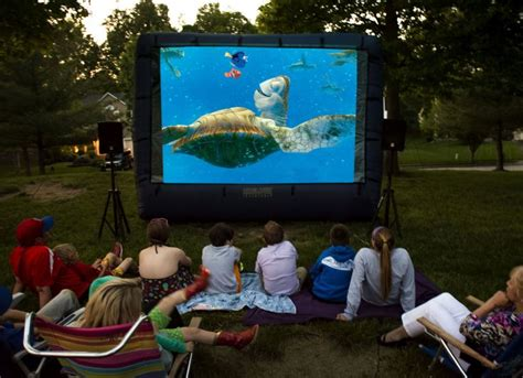 backyard movie rental backyard movie screen rentals outdoor goods