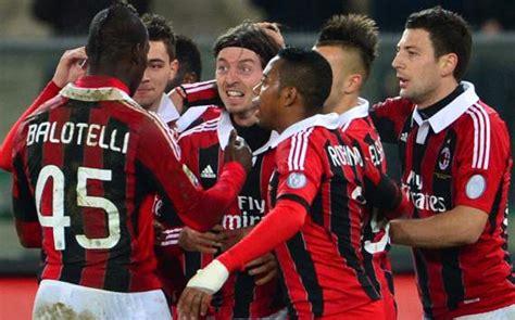 Kaos Wanita Ac Milan Diavollo Rosso Iblis 1 Wnt Ard58 gol montolivo bawa milan atasi chievo bengkuluekspress