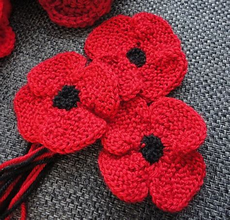 Knitting Pattern Red Poppy | knit poppy flower free knitting pattern