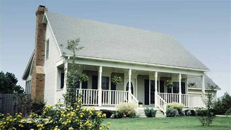 simple farm house plans old farmhouse plans porch