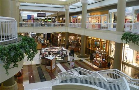 Walden Galleria Mall Cheektowaga Ny Hours Address