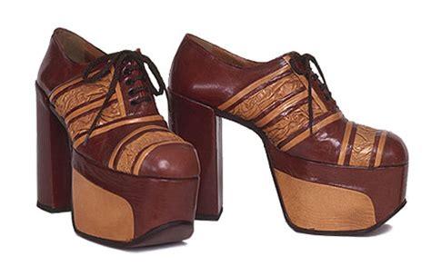 the platform shoe 1970s