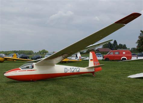 bilder kã cheninseln mit sitzgelegenheiten segelflugzeuge schleicher ka 6 fotos flugzeug bild de