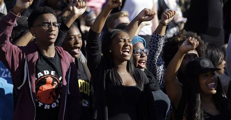 Missouri Student President School Has Racism Also Unity - the week that college students banded together against racism