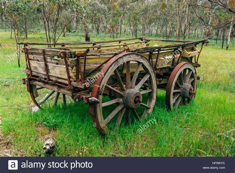 Blue Stone Barns Old Farm Machinery сarts And Harvesters In Australia Sa