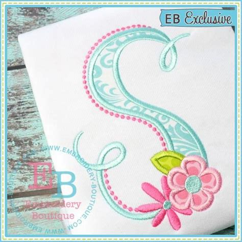 fabric applique letters 25 unique applique letters ideas on machine