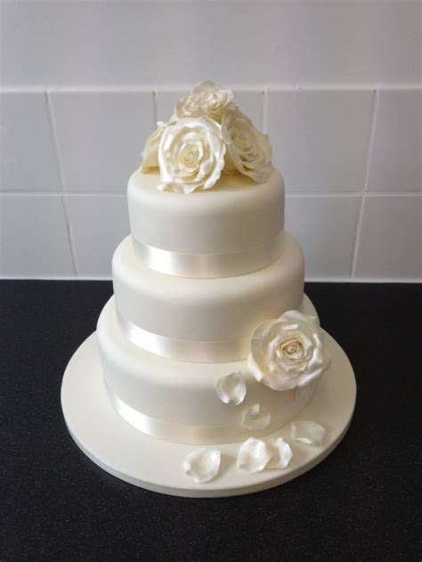 wedding cakes cost uk wedding cakes the cake cottage