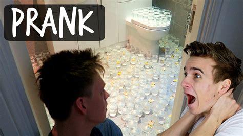 prank in bathroom painful bathroom prank on roommate youtube