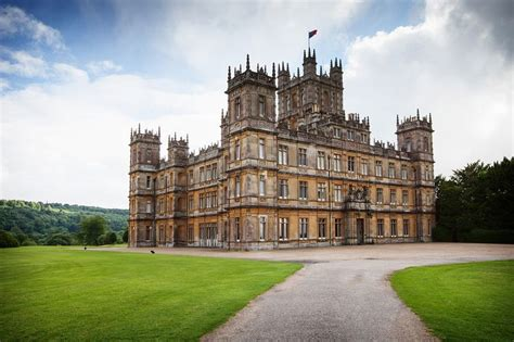 highclere castle on aboutbritain com