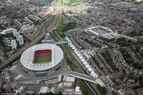 arsenal home ground wembley highbury maracana golden years aerial shots