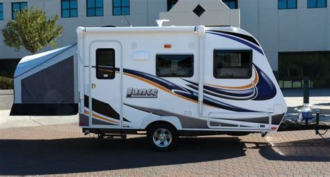 small lightweight travel trailers with bathroom cers cer photo gallery