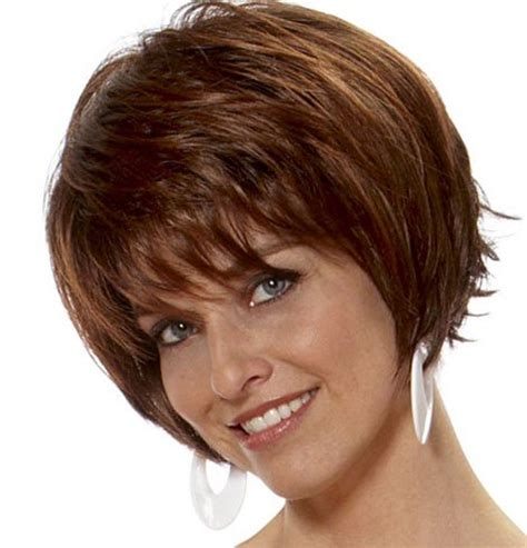 short hair parted and feathered on sides 40 amazing feather cut hairstyling ideas long medium