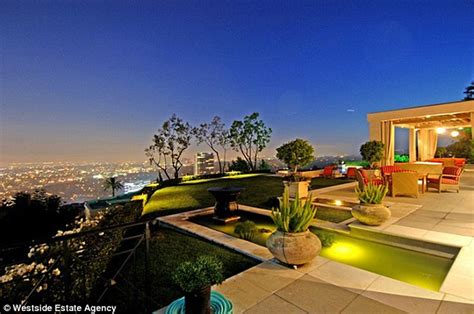 buy home los angeles dr dre sells his hollywood hills home months after buying