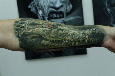 tatouage bras r 233 aliste crocodile par kwadron tattoo gallery