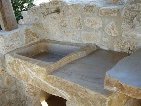 lavello in cemento lavabi da esterno arredamento giardino scegliere il