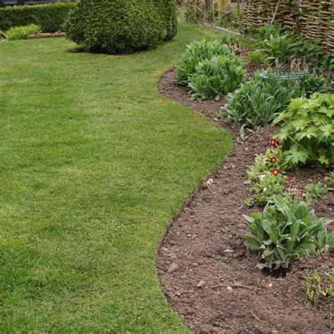 amazing lawn edging material 7 lawn and garden edging