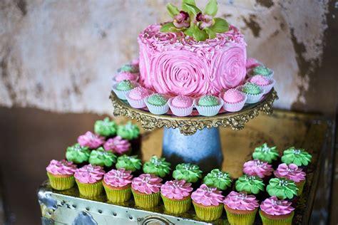 Wedding Cakes Wi by Wedding Cakes Milwaukee Wedding Cakes In Milwaukee Wi