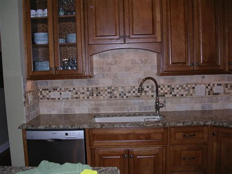 kitchen backsplash travertine travertine tile backsplash heres mine its tumbled travertine 3x6 and honed limestone mosaics
