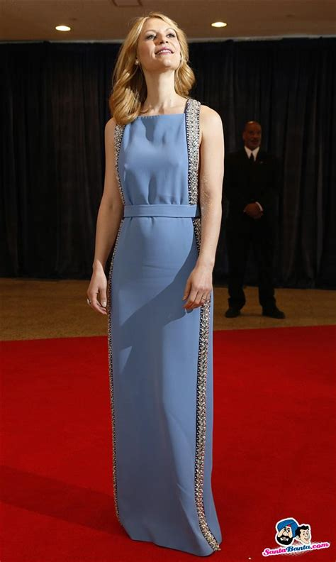 claire danes red carpet actress claire danes arrives on the red carpet at the