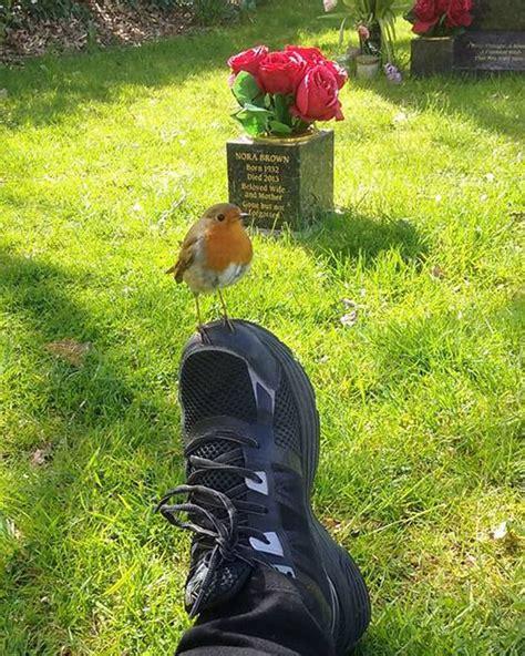 quot please show mummy a sign quot grieving mum realises little