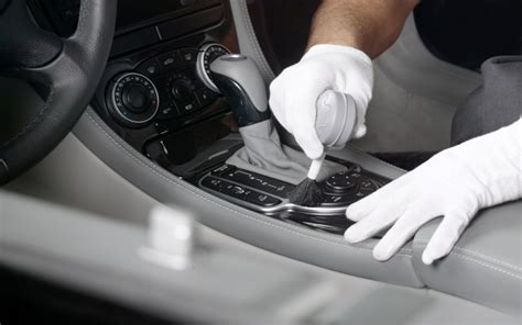 benefits of cleaning a car interior and the best way to do it