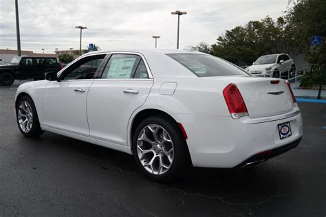 chrysler 300c 2018 new 2018 chrysler 300 300c sedan in plantation 88030