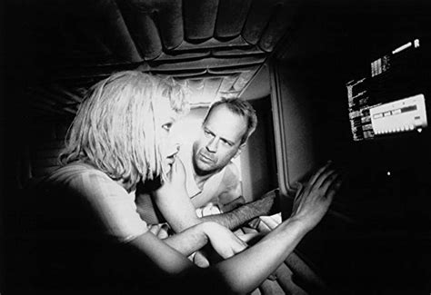 milla jovovich and bruce willis pictures photos from the fifth element 1997 imdb