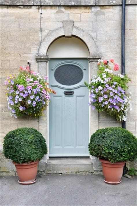 Hanging A Front Door 17 Best Images About Curb Appeal On Shade