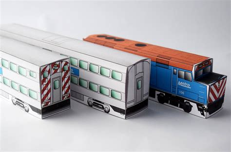 Papercraft Trains - metro commuter papercraft model set railway